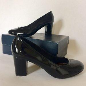 Anne Klein patent leather pumps